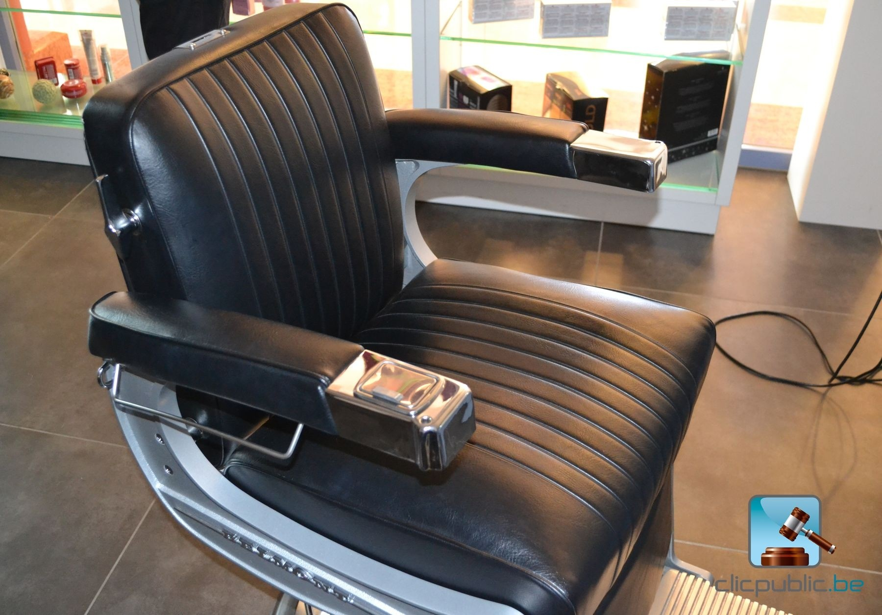 Barber chairs BELMONT TAKARA for sale on clicpublic